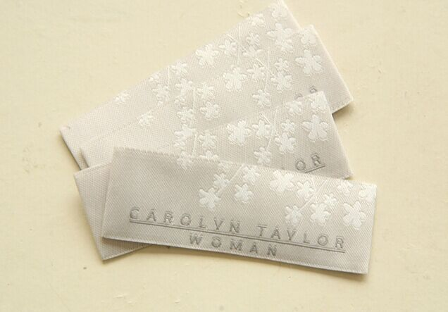 Eco - Friendly Cotton Woven Clothing Labels Tags For Clothes Embroidered